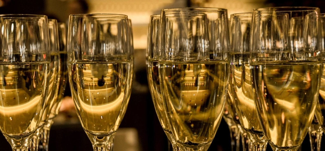 Champagne at Beauty & Essex in New York, NY (photo courtesy of Beauty & Essex)