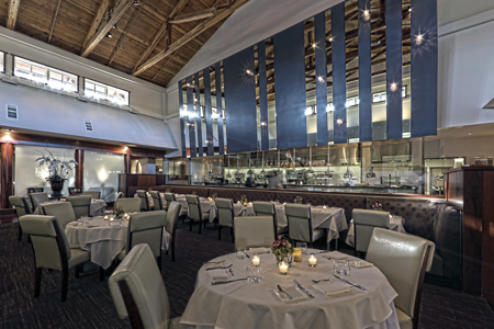 Dining room of The Sea by Alexander's Steakhouse in Palo Alto, CA