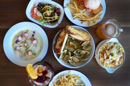 Clams, ceviche and more at Seabird in New York