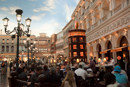 Dining area of Otto Enoteca Pizzeria at The Venetian in Las Vegas, NV