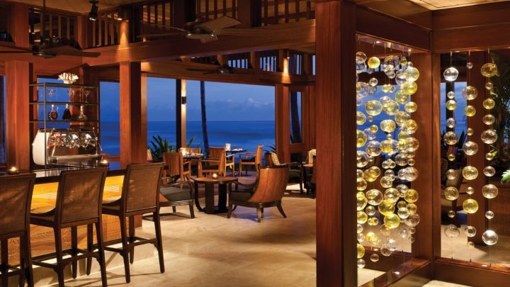 'ULU Ocean Grill & Sushi Lounge: Ocean views on the Big Island of Hawaii (Photo courtesy Four Seasons Resort Hualalai)