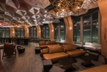 71Above: Dining area overlooking Los Angeles