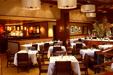Dining room of Porter House New York at Time Warner Center