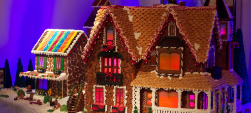 Gingerbread houses at Rosewood Sand Hill, which is home to one of GAYOT's Top 10 Christmas Restaurants in San Francisco/Bay Area