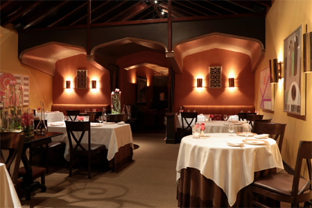 Dining room of Acquerello in San Francisco, CA