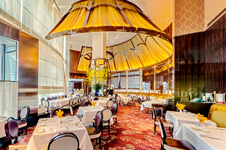 Dining room of Le Cirque in New York, NY