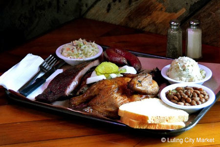 Barbecue at Luling City Market BBQ in Houston, TX