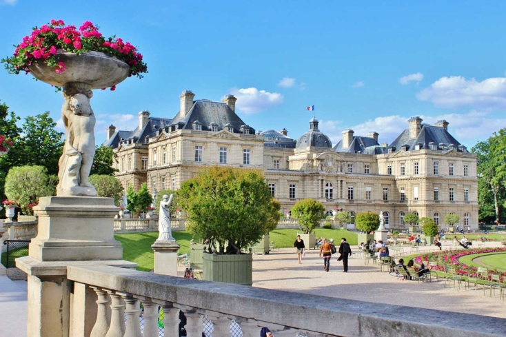 Take a stroll through the gardens of Jardin du Luxembourg in Paris
