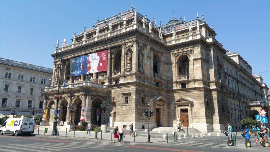 The exterior of the Hungarian State Opera House in Budapest