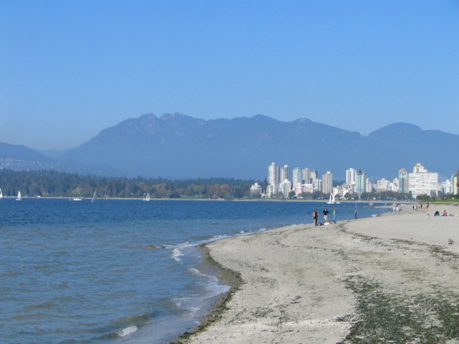 Relax on Kitsilano Beach in Vancouver