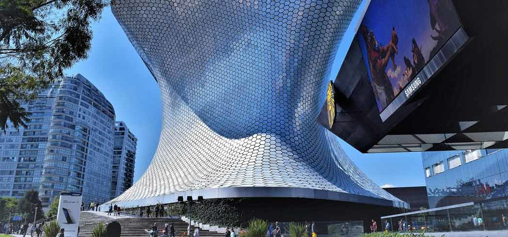 The exterior of Museo Soumaya at Plaza Carso, which is covered by 16,000 hexagonal aluminum tiles