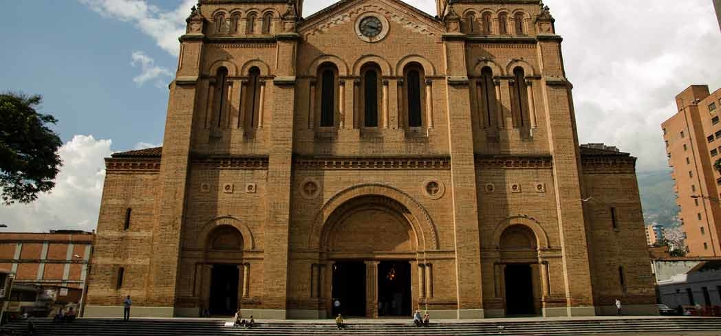 An exterior view of the Catedral Metropolitana in Medellín