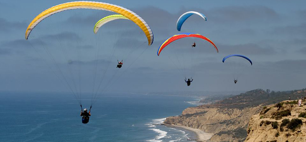 For licensed pilots, the Torrey Pines Gliderport is one of the most stunning locations to fly