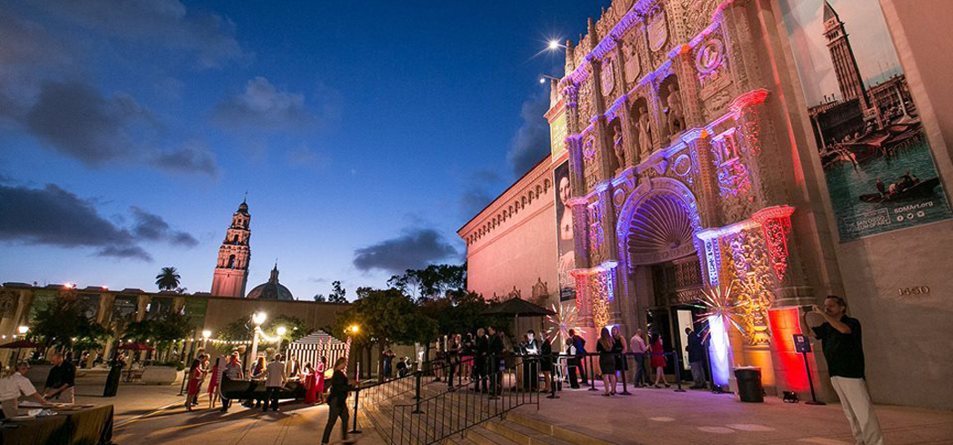 The San Diego Museum of Art has elaborate architecture reminiscent of the Spanish Gothic style