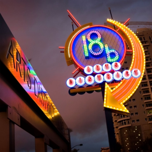 Discover the art scene of 18b Las Vegas Arts District