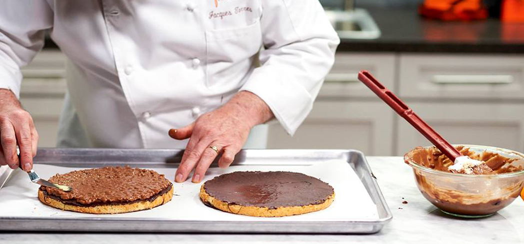 An online baking class taught by Jacques Torres