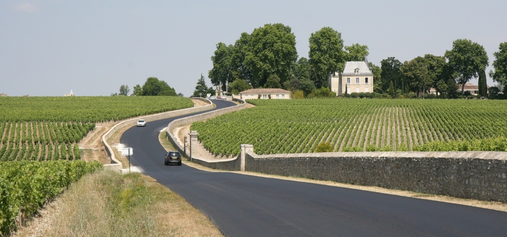 Discover the world's best wine routes with GAYOT