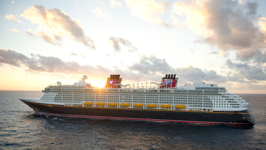 Book a voyage with Disney Cruise Line for an unforgettable family vacation