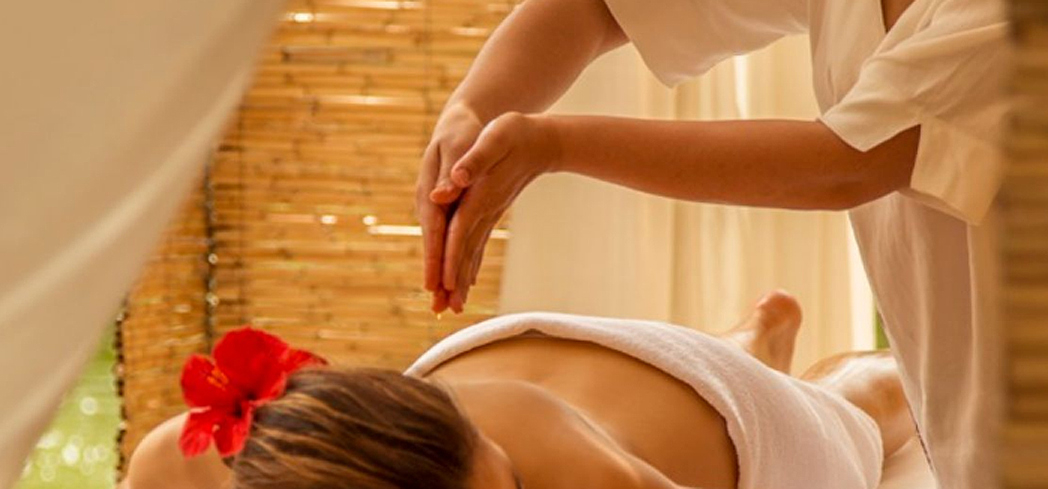 A treatment at CINQ MONDES Spa at Club Med Marrakech La Palmeraie