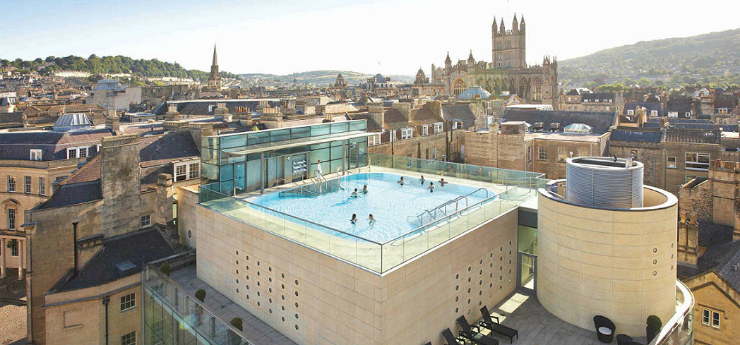 The open-air rooftop pool at Thermae Bath Spa