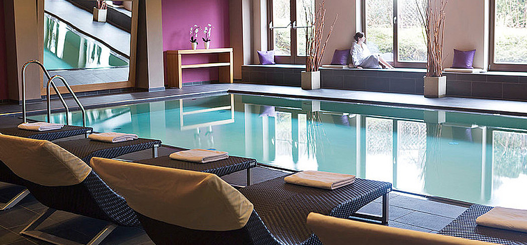 The indoor pool at Mavida Spa