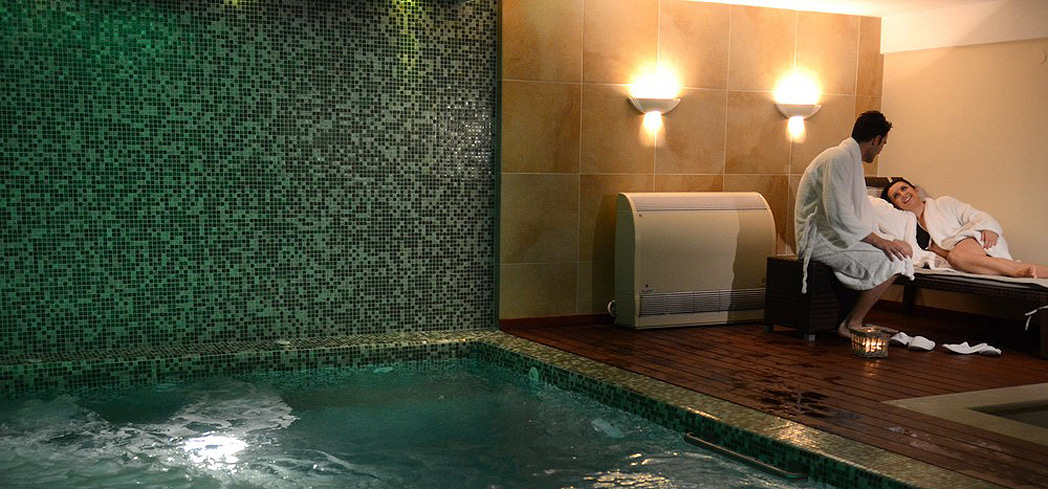 The indoor pool at Danai Spa
