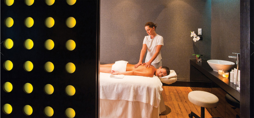 Eliminate stress and toxins from your body at Thalaspa Chenot