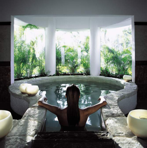 The plunge pool at Kinan Spa inside Belmond Maroma Resrot & Spa