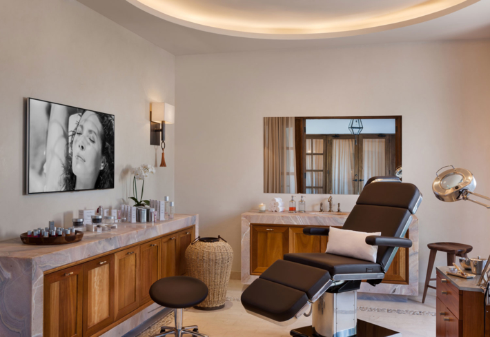 The Pedi:Mani:Cure Studio by Bastien Gonzalez at One&Only Palmilla Spa