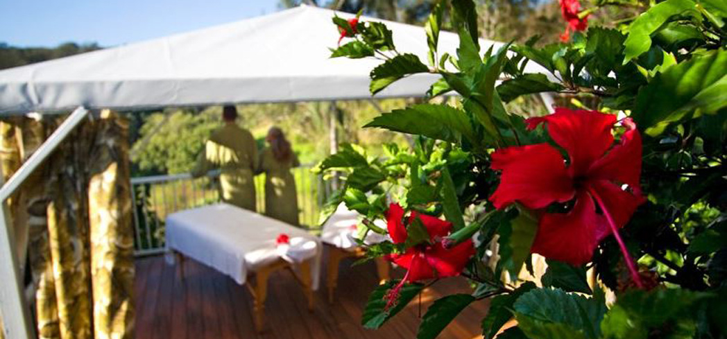Oceanfront spa services at Maluhia Spa at Hawaii Island Retreat