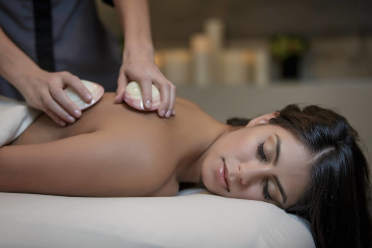 A massage at Waldorf Astoria Spa & Health Club Chicago
