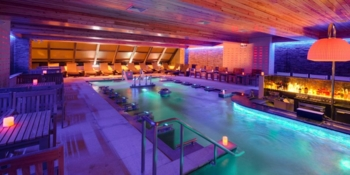 Hydrotherapy pools at Spa Castle Premier 57 in Manhattan, one of GAYOT's Top 10 Spas in New York City