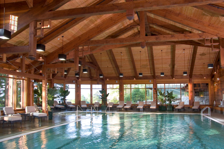 The indoor heated pool at the spa in Mohonk Mountain House