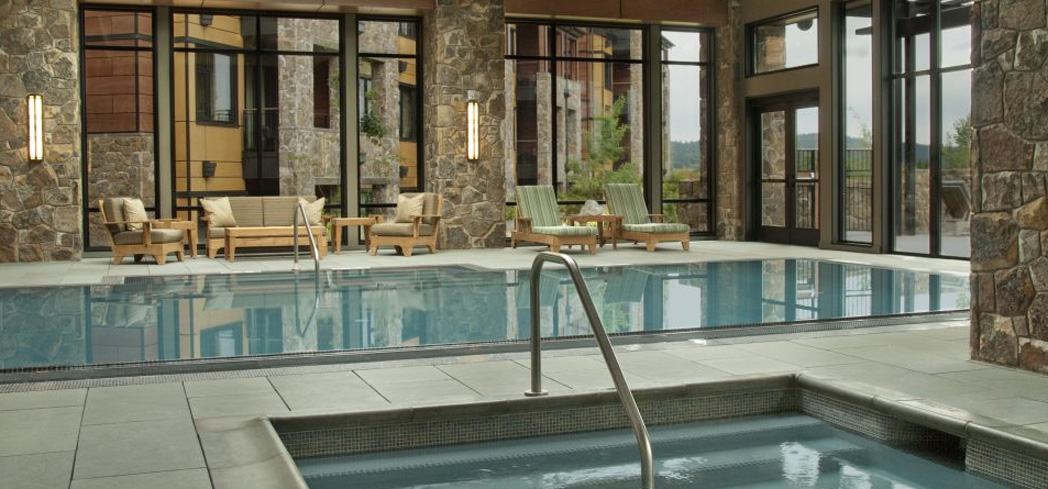 The indoor pool and whirpool at The Allison Spa